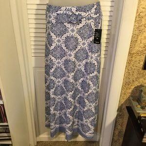 NWT Robert Louis (16/18) XL maxi skirt. Beautiful